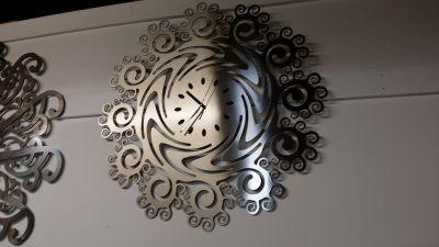 Stainless Steel Spiral Clock