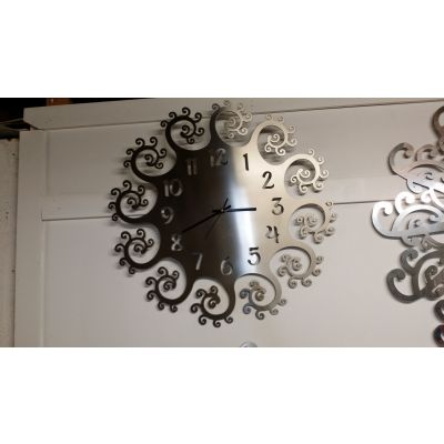 Stainless Steel Spiral Number Clock